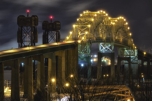 longexposure bridge winter sky ontario night clouds arch unitedstates michigan railway saultstemarie portageavenue liftbridge 10seconds internationalbridge movablebridge stmarysriver verticalliftbridge colorefex 49783 glamourglow saultstemarieinternationalbridge internationalrailroadbridge americanspan detailextractor fujixe1