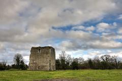 Kinnefad Castle, breaking weather