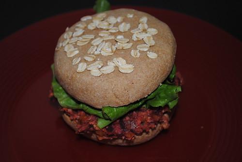 beet chickpea burgers (1)