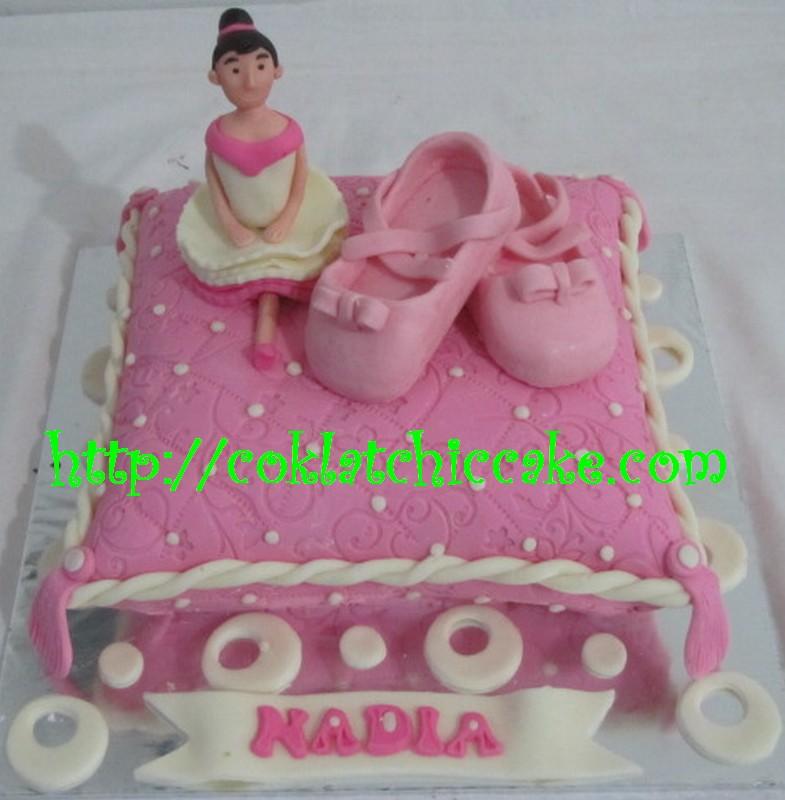 Kue ulang tahun balet