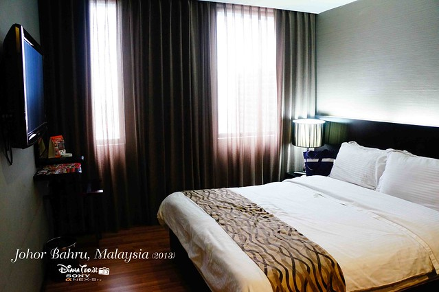 11 @ Century Hotel 02