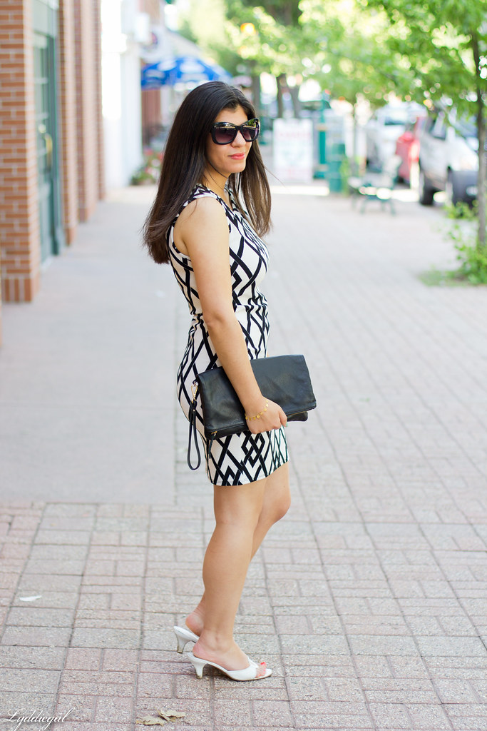 diamond print black and white dress-2.jpg