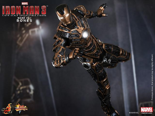 Hot Toys - Iron Man 3 - Bones (Mark XLI) Collectible Figure_PR7