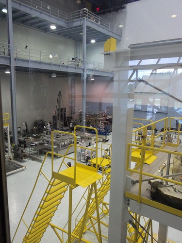 Looking inside the JWST clean room