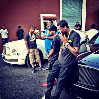 Meek Mill Fabolous and Juelz santana chilling in NY