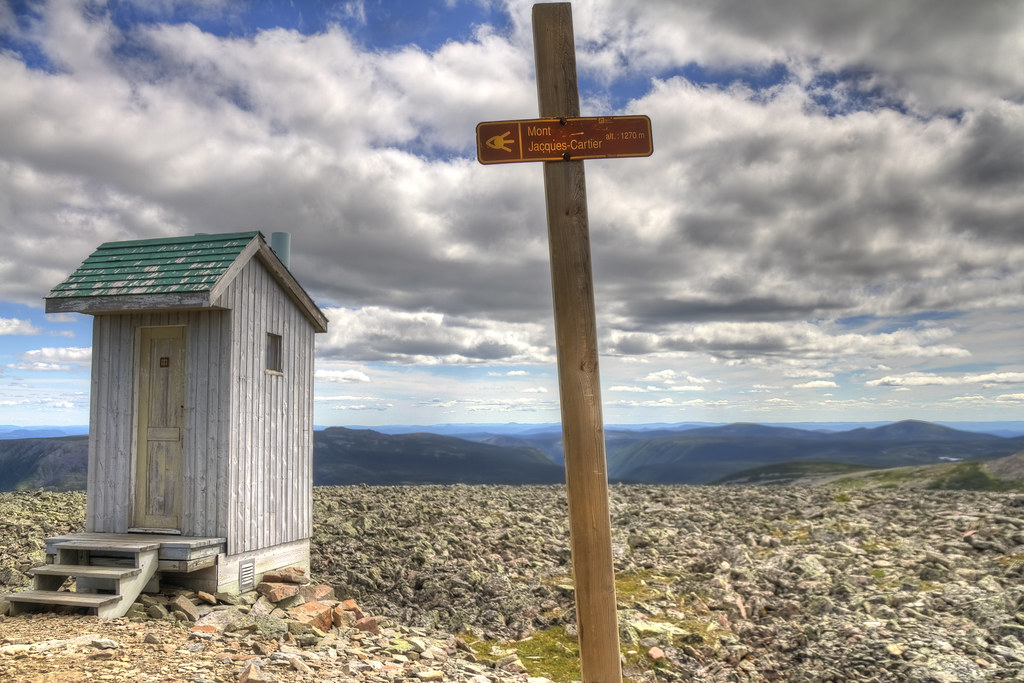 The highest toilet in Quebec