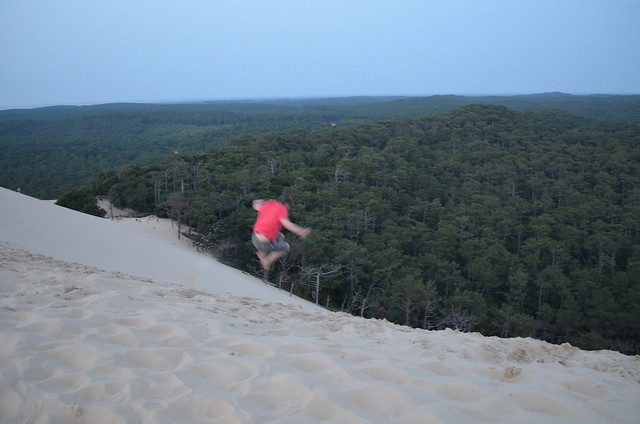 france_dune_du_pyla_duneofpilat_jumping