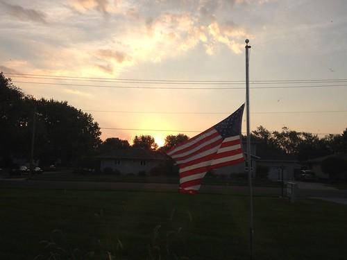 usa sunrise flag 911 americanflag september11 unitedstatesofamerican speedyjr