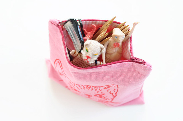 kitty zip pouch | pink