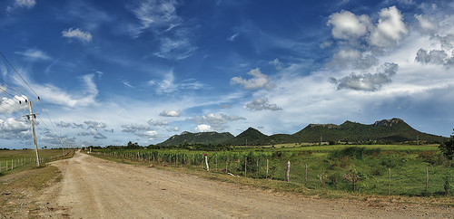 Camino a Bariay by Rey Cuba