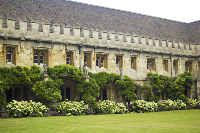 beautiful traditional colleges in Oxford