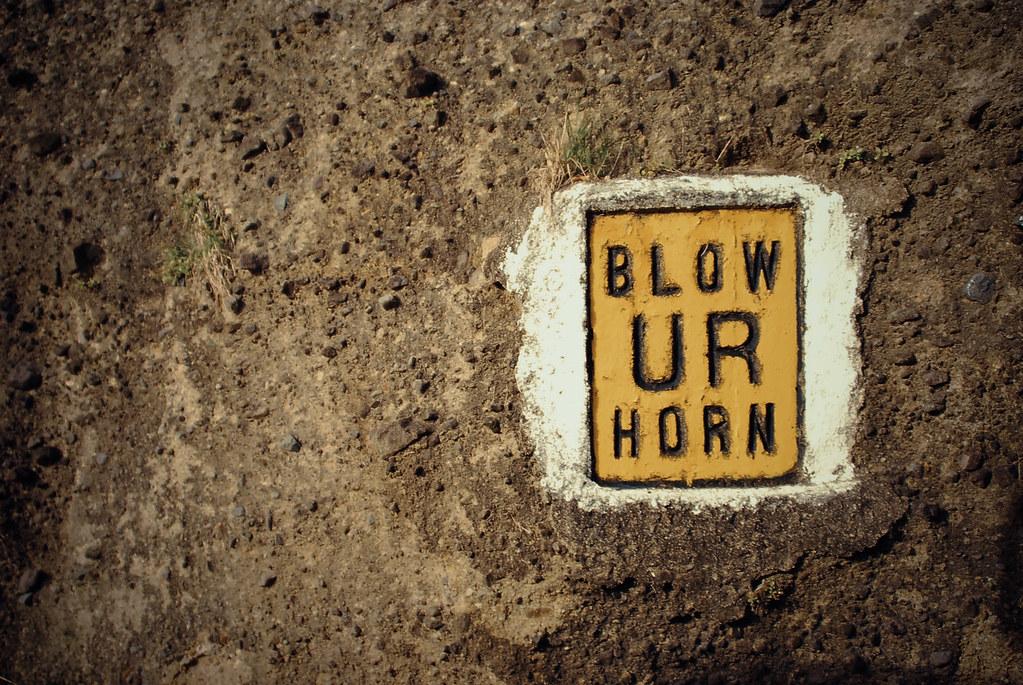 Blow Ur Horn, Batanes
