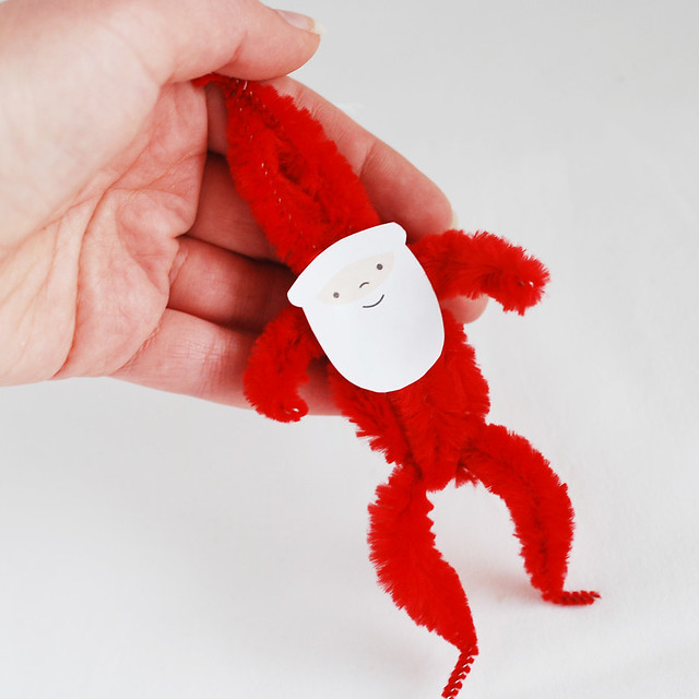 Wild Olive: 25 crafts of christmas // pipe cleaners