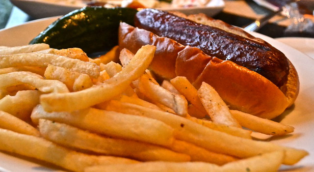 Jupiter Beach Resort, Sinclairs Restaurant - Florida - hot dog