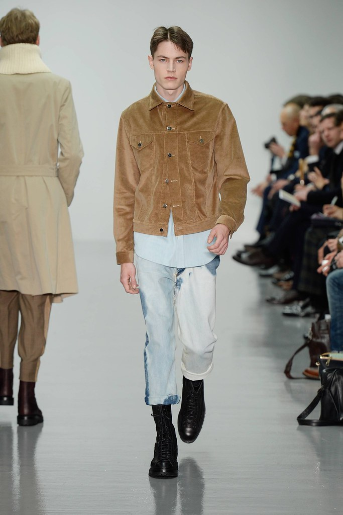 FW14 London Lou Dalton003_Jonas Kloch(VOGUE)