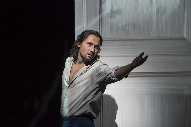 Mariusz Kwiecien as Don Giovanni in Don Giovanni © ROH / Bill Cooper 2014