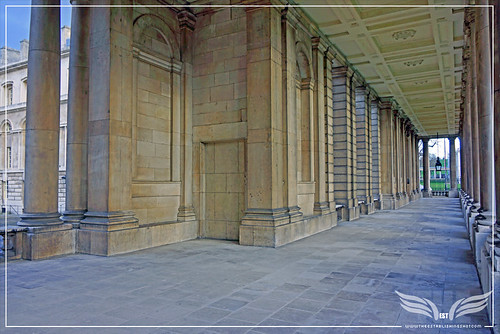 The Establishing Shot: THOR: THE DARK WORLD BATTLE OF GREENWICH FILM LOCATION - QUEEN MARY COURT PASSAGE, THE OLD ROYAL NAVAL COLLEGE (ORNC) GREENWICH, LONDON by Craig Grobler