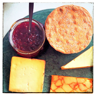 Cheeseboard with onion & red chilli jam R