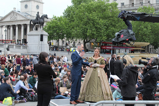 Dominic Peckham interviewing Katy Batho at the La Traviata BP Big Screen in Trafalgar Square © ROH 2014