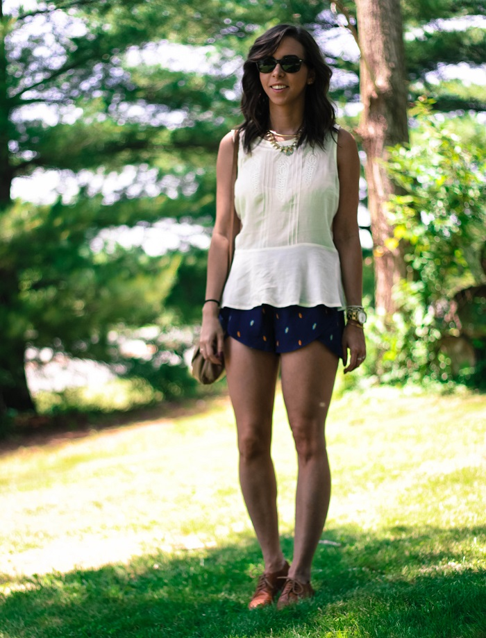 va darling. dc blogger. virginia personal style blogger. sheer white flowy summer top. flutter patterned bcbg shorts. leather oxfords. summer style 2