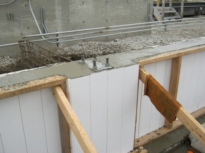 Steel Building Foundation Walls - Construction Process