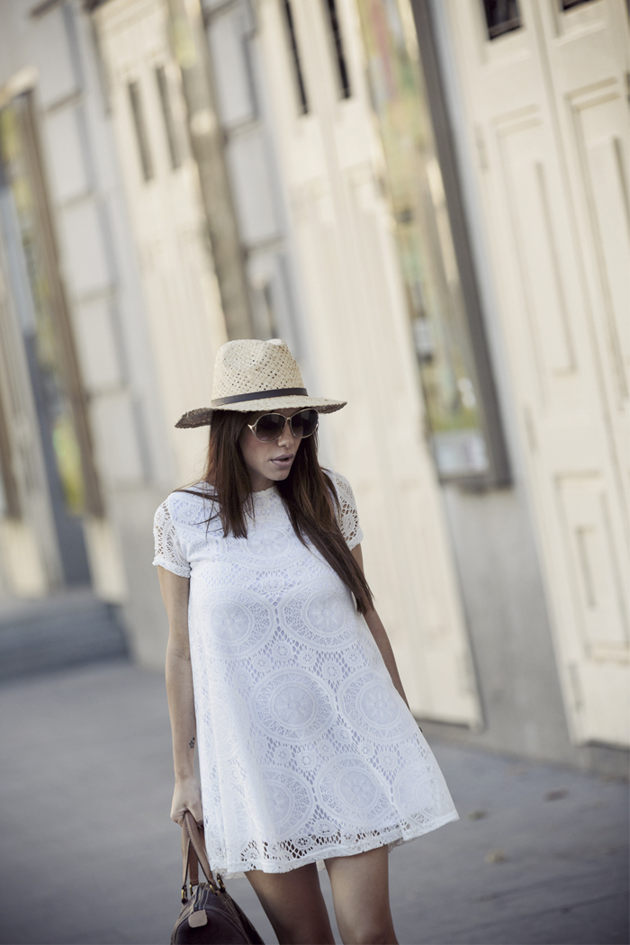 street style barbara crespo fringes and lace dress crochet sendra boots fashion blogger outfit blog de moda