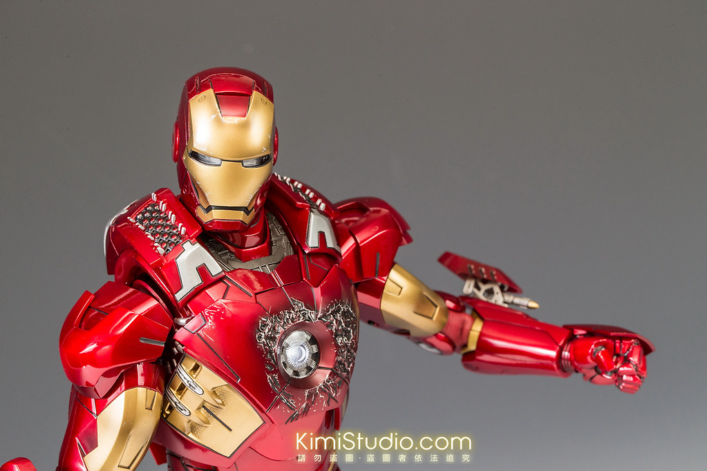 2013.06.11 Hot Toys Iron Man Mark VII-069