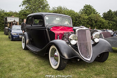 ford model y(0.0), touring car(0.0), automobile(1.0), vehicle(1.0), compact car(1.0), hot rod(1.0), antique car(1.0), sedan(1.0), ford model b, model 18, & model 40(1.0), classic car(1.0), vintage car(1.0), land vehicle(1.0), luxury vehicle(1.0), motor vehicle(1.0),
