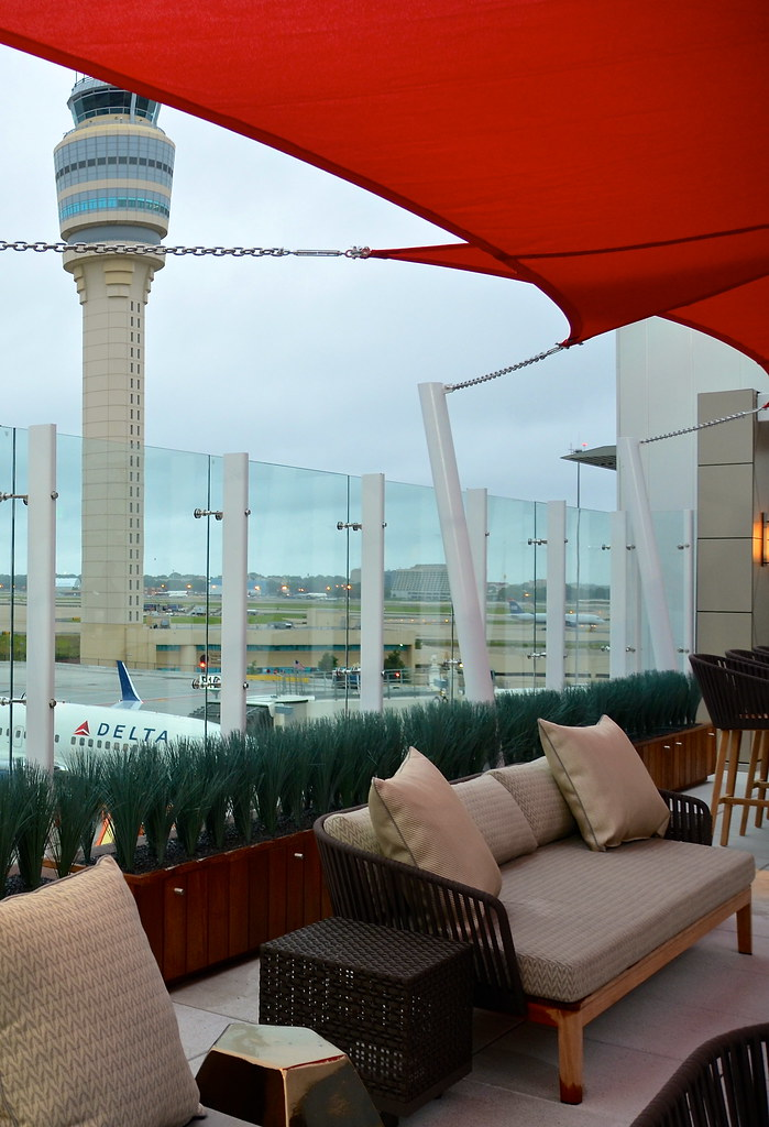 Delta's Sky Deck Lounge