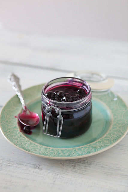 Making the Basics: Fresh Blueberry Sauce