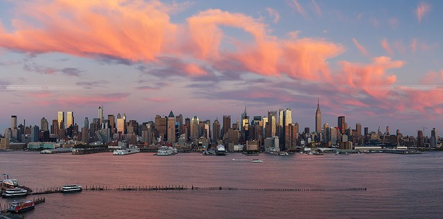 """Italian ice cream clouds"" over New-York city :)"