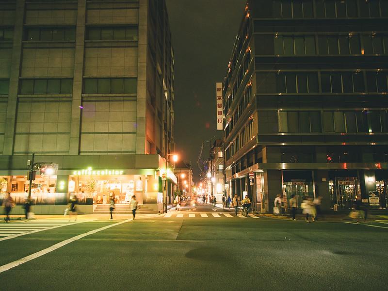 酒店樓下  京都單車旅遊攻略 - 夜篇 10509483406 1a782a72df c
