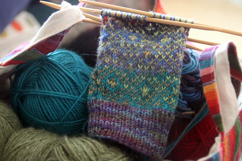 wip: endpaper mitts.