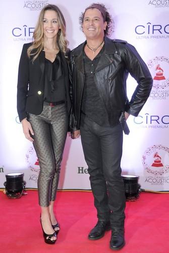 Premios Grammy Latino 2013, Claudia Elena Vásquez y Carlos Vives. Foto Carlos Villalon-WireImage.com