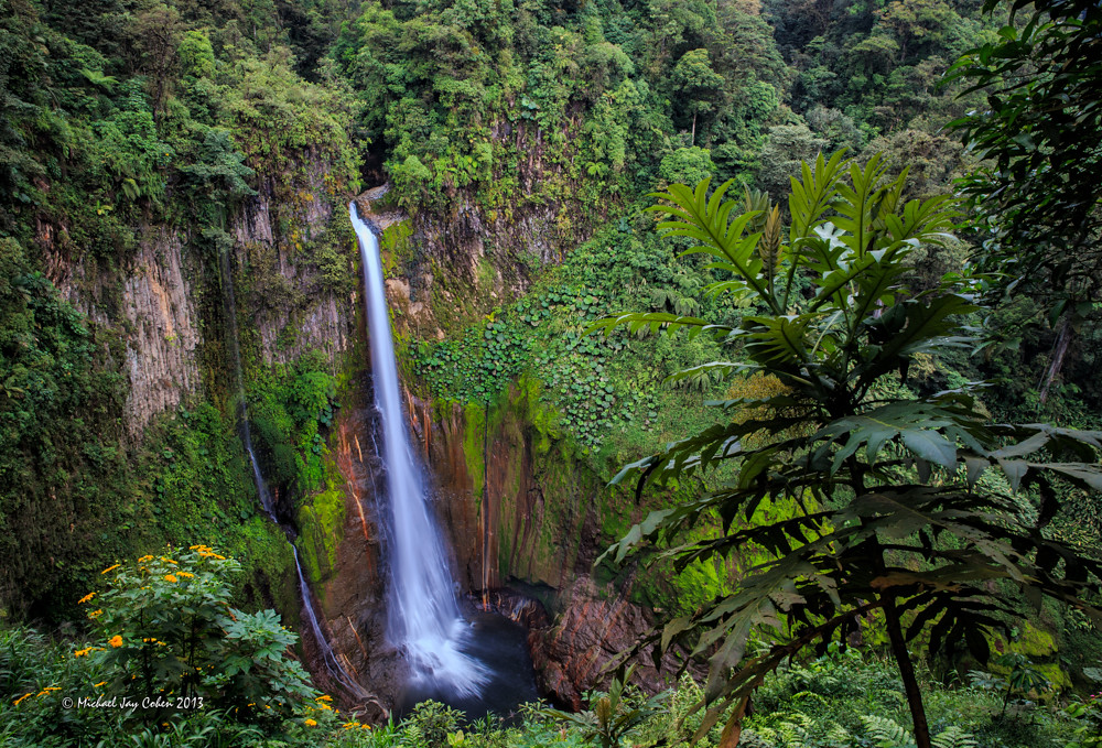 Catarata Del Toro, Costa Rica