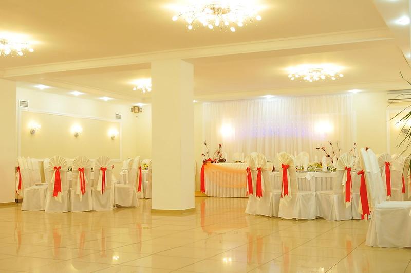 """Sala de ceremonii """"Succes""""  > Foto din galeria `Principala`"""