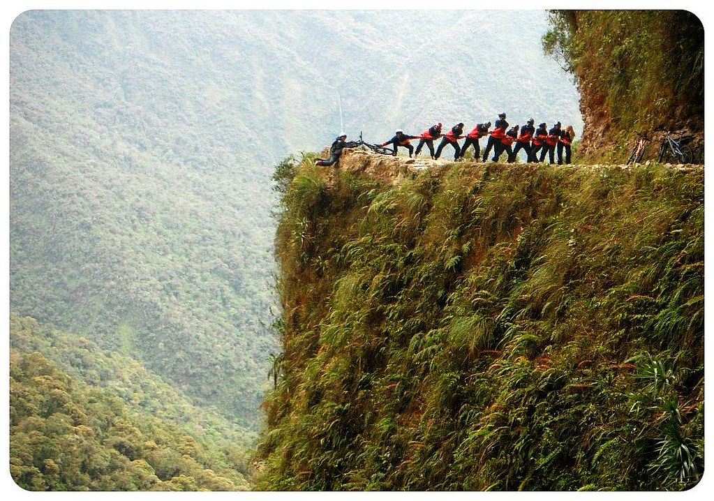 12 death road bolivia