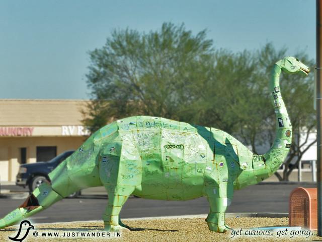 PIC: Dinosaur in Gila Bend, AZ
