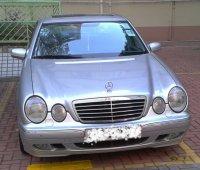 Mercedes_E320_front