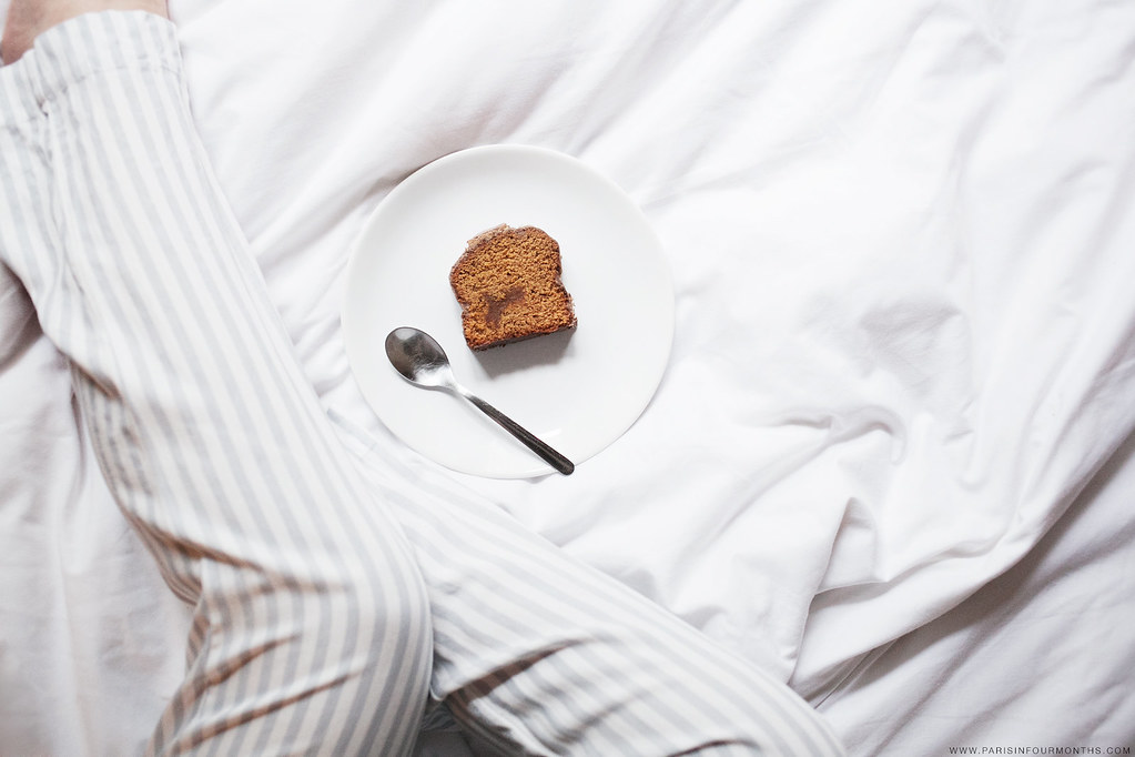 Eating Cake in Bed, photo by Carin Olsson (Paris in Four Months)