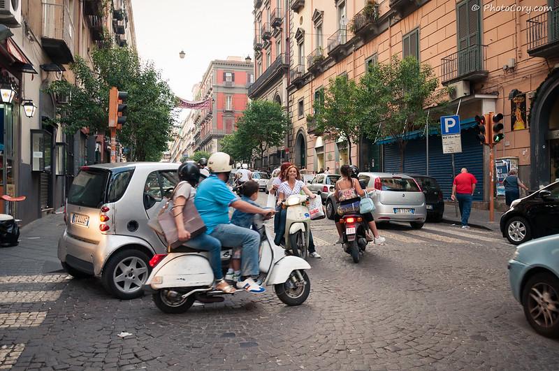 Traffic in Naples