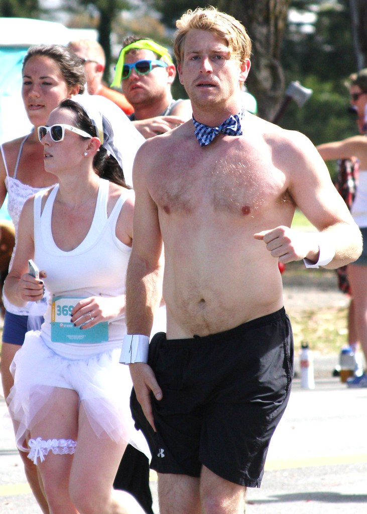 SEXY GINGER HUNK Bay 2 Breakers Race (SAFE PHOTO)