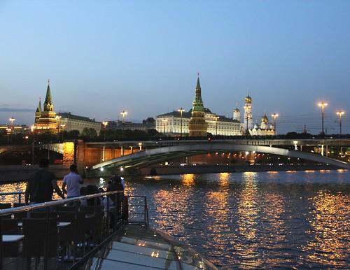 De barco pelo rio Moscou: um dos melhores passeios da capital russa