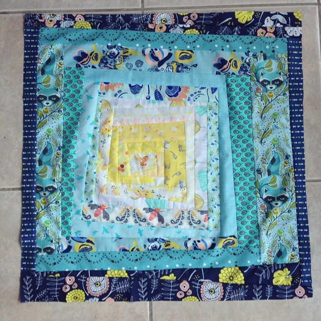 Top all done! I hope you are excited, partner! This is a new one. Guess I will just have to keep the first one. #ohdarn #schnitzelandboominiquiltswap #makeaquiltmakeafriend