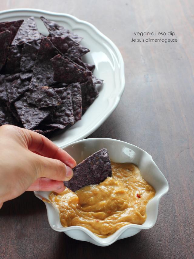 Vegan Queso Dip - Je suis alimentageuse