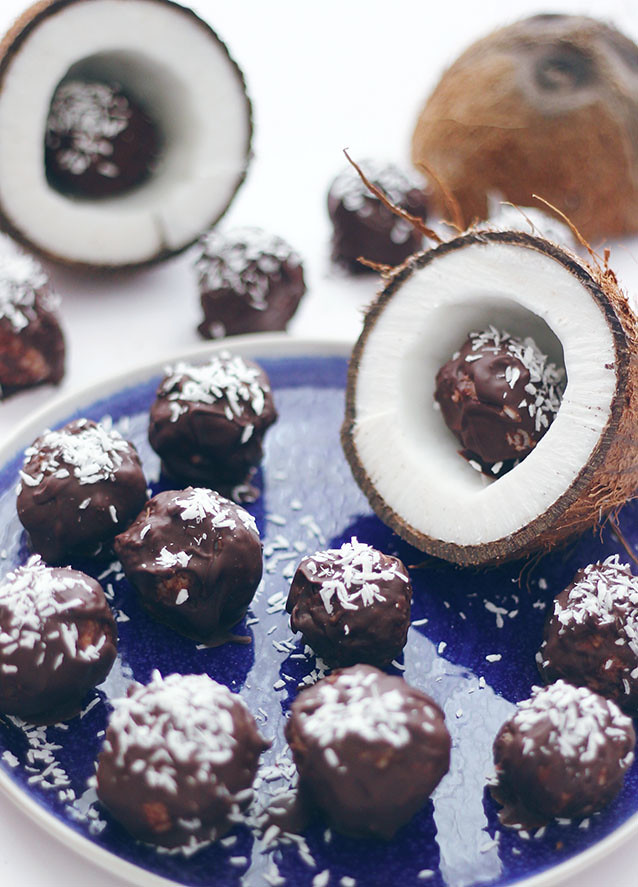 Coconut Bounty Balls Recipe