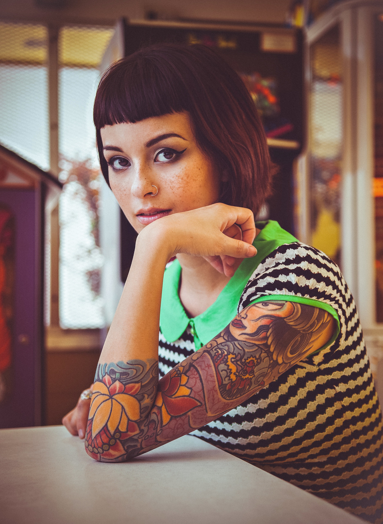 Tattoo Cute hairstyles, Short hair styles, Inked girls