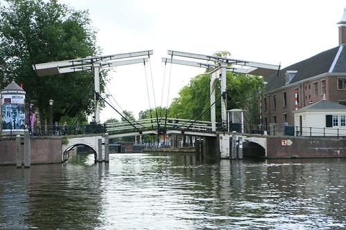 Crociera lungo i canali: ponte