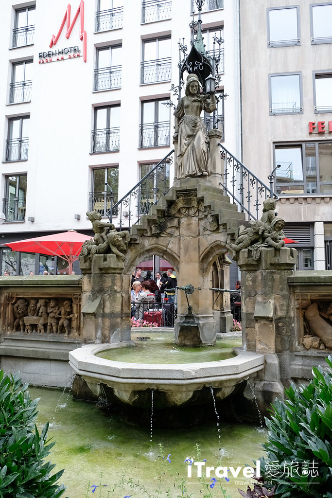 《科隆美食餐厅》Frueh am Dom百年老店的好滋味,大吃德国猪脚与畅饮科隆啤酒!