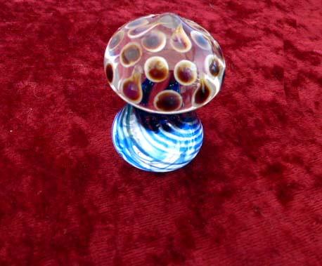 Rogan Glass Peacock Mushroom.2jpg